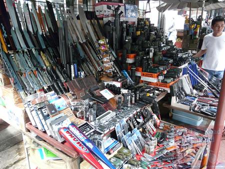 Chinatown Weapons