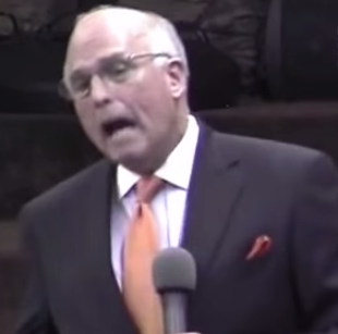 Texas pastor Rick Scarborough vows to set himself on fire.